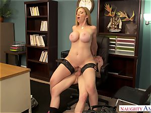 Cоugаr works her labia in the office in the work-off day