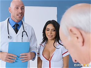 Lela star getting plumbed in the doctors