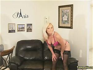 Ms Paris Rose in Confession of a porno star