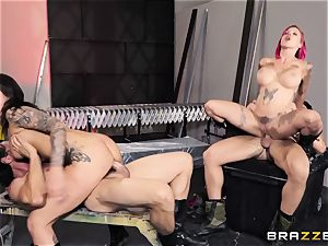 Anna Bell Peaks and Felicity Feline 4some