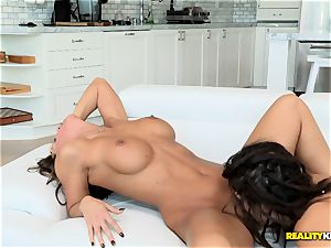 gash licking lesbos Abigail Mac and Daisy Summers love licking out