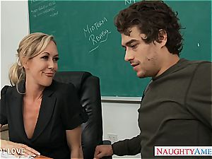 blondie teacher Brandi enjoy riding man sausage in classroom