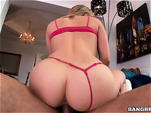 steamy ass platinum-blonde Mia Malkova craving penis