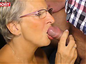 German granny loves plumbing her Neighbor #LETSDOEIT