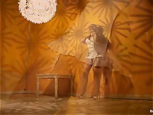 Britney Amber taunts