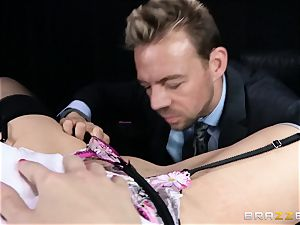 muddy manager is given a poundable anal wish by Britney Amber