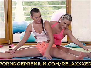 RELAXXXED lesbo Amirah Adara screwed on yoga class