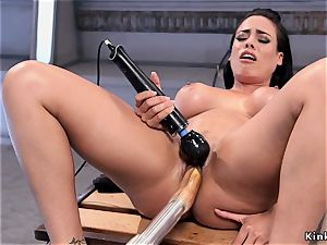 large udders squirter drilling machine