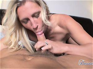 Devon Lee is lovinТ her man's lash inserted in her delicious throat