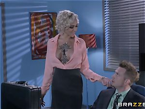 naughty assistant Harlow Harrison pounds the chief throughout his desk