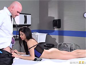 luxurious tiny Veronica Rodriguez fucks the physician