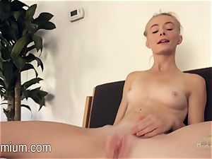 Maddy Rose enjoys to play for you