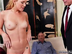 finest models cum shot first-ever time Frannkie And The group Tag team A Door To Door Saleswoman