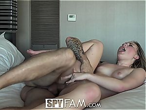 Bratty stepsister is thirsty for bro's pipe
