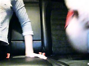 lovely Lola Taylor gets tastey banging on the back seat