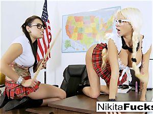 Classroom teasing leads to girly-girl porking