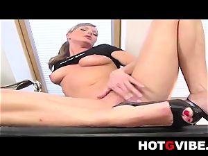 Sandra Sanchez Plays with her HotGVibe 1