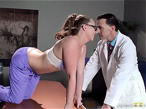 Nurse Maddy OReilly puts things right with a smashing