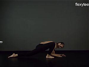 FlexyTeens - Zina demonstrates pliable nude assets