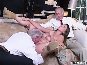 edible sinner dad When Ivy arrives everyone is struck by her smoking assets, pretty