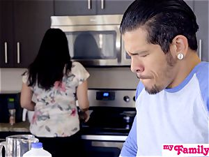 Brat Gets hard-on And jizz In Kitchen! - MyFamilyPies S4:E5