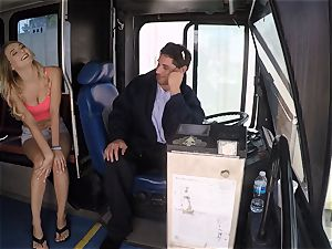 Natalia Starr pummels a bus driver for a free ride