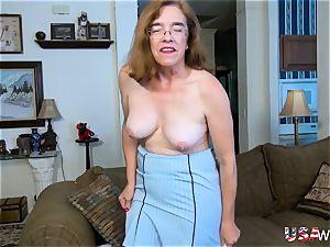 USA wives senior grannie Carmen furry labia fingering