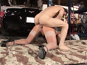 Alura Jenson gets down for some sucking and romping