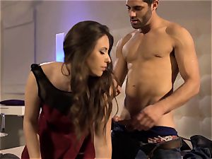 Chanel Preston watches Casey Calvert get her pack