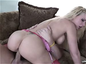 enormous donk blondie bounces insanely on thick fuck-stick