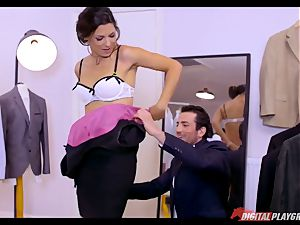 youthfull groom penetrates mature dressmaker Alexa Tomas before his wedding