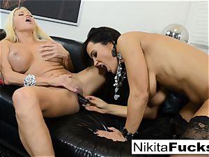 molten Russian Nikita Von James bangs porno pioneer Lisa Ann