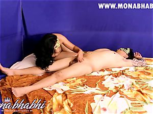 Mona Bhabhi Getting Seduced By Her spouse Indian fashion