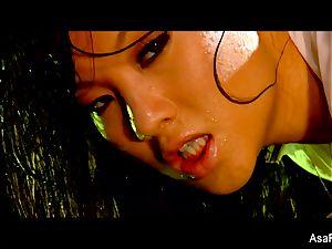 glamour plumbing with a soaking moist Asa Akira
