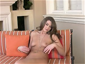 Adrienne Manning loves slipping her fingers deep in her cunny