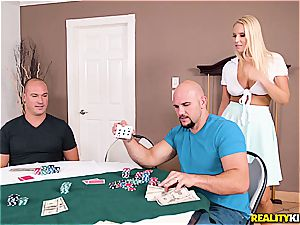 Vanessa box is the ultimate poker reward