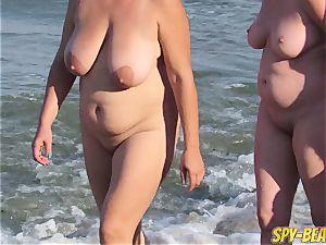 Mature bare Beach spycam mummy fledgling Close Up beaver